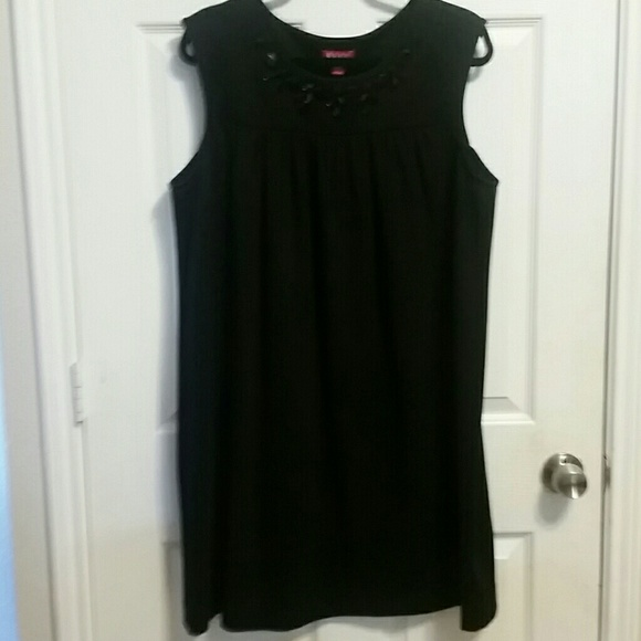 ELLE Dresses & Skirts - ELLE DRESS XL MADE IN VIETNAM